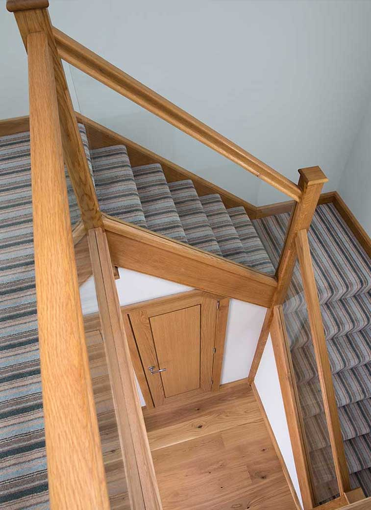 Timber staircase balustrade, Bannister